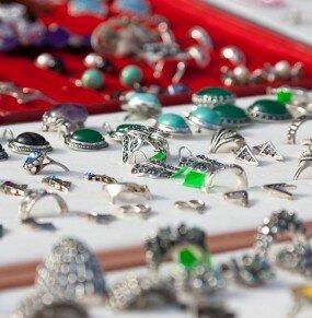 mostruario de bijuterias